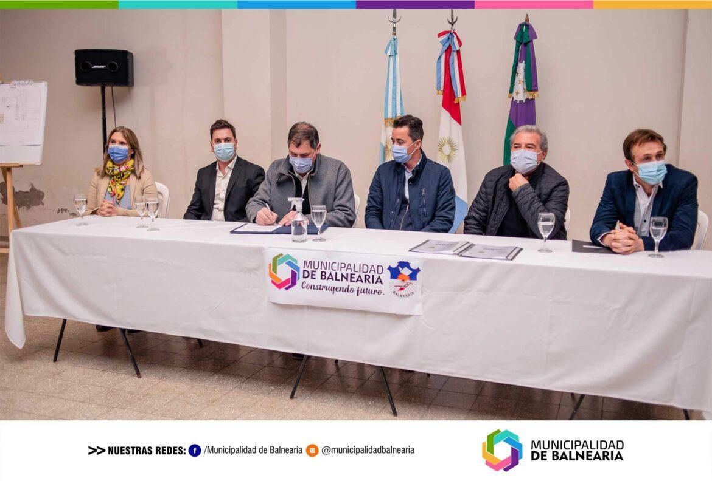 Balnearia – Firma de Convenio para la creación de laboratorio de análisis de suelo y agua que funcionará en el Hospital Municipal San José.
